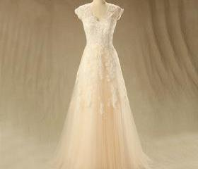 Long Tulle Appliques V-neck Prom Dresses Cap Sleeves