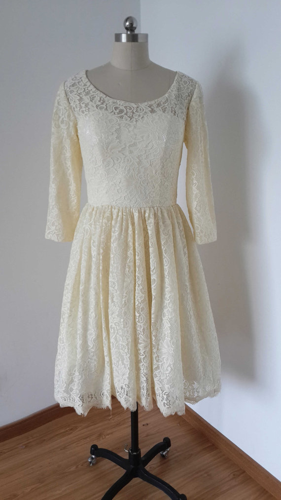 Long Sleeves Lace Homecoming Dresses Scoop Neck mini party dresses