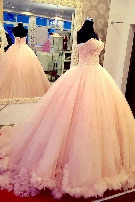 Sweetheart Ball Gown Tulle Prom Dresses Lace Appliques Women Dresses