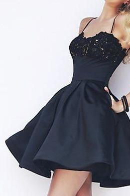 Spaghetti Straps A-line Satin Black Homecoming Dresses Beaded Party Dresses Lovely Women Dresses