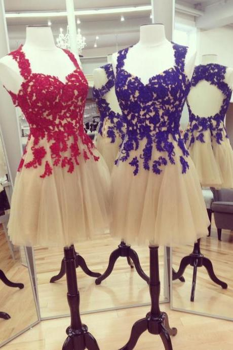 Short Tulle Homecoming Dresses Strapless Lace Appliques Party Dresses Custom Made Women Dresses