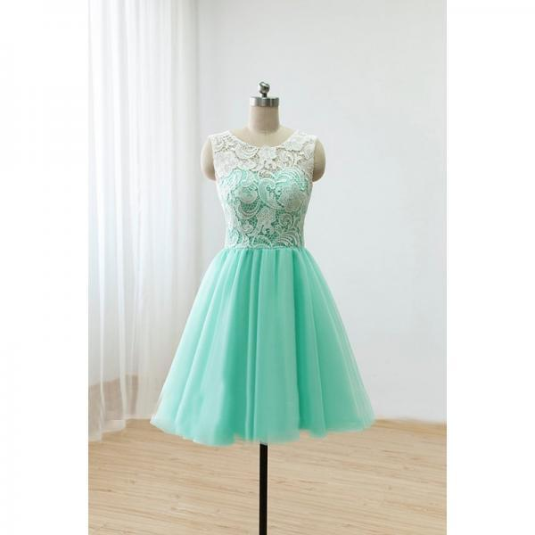 Knee Length Green Tulle Homecoming Dress Scoop neck Women Party Dress